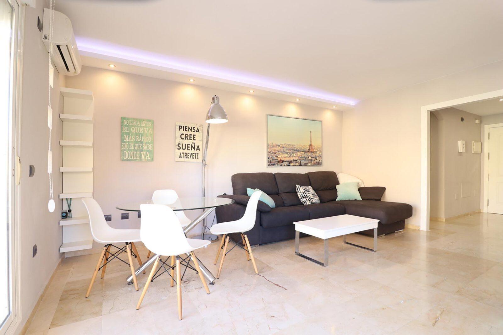 Fotos de apartamento en Atalaya de Riviera para Airbnb y Booking